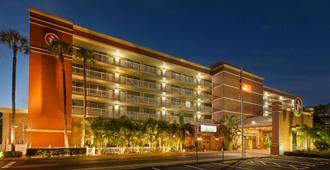 坦帕机场西华美达酒店 - 坦帕 - 建筑