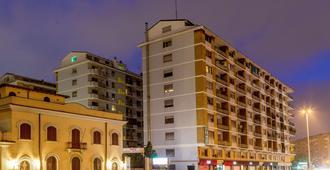 拉迪奥酒店 - 罗马 - 建筑