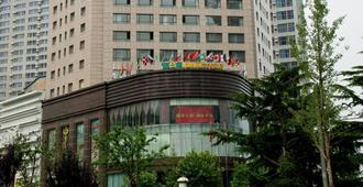 船舶丽湾大酒店 - 大连 - 建筑