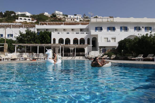 阿曼德罗斯酒店 - Ios - 游泳池
