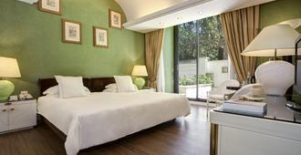 拜伦勋爵酒店 - 世界小型豪华酒店集团 - 罗马 - 睡房