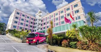 哈爾約諾菲芙飯店 - 峇里巴板 - 巴厘巴板 - 建筑