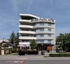 河滨公园酒店