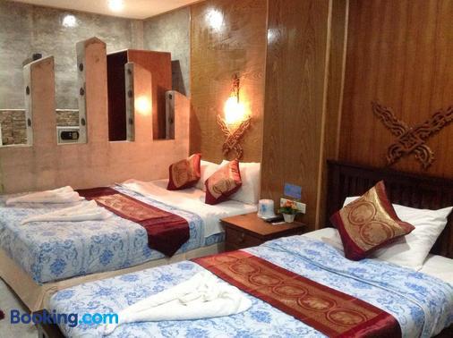 阮迈奈阳海滩酒店 - 奈通海滩 - 睡房