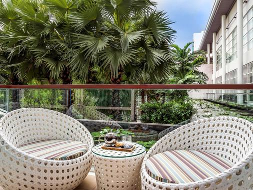 铂尔曼曼谷皇权酒店 - 曼谷 - 阳台