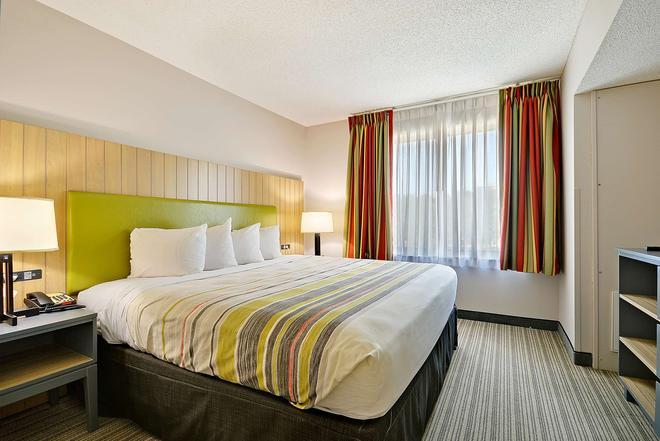 查尔斯顿北丽怡酒店 - 北查尔斯顿 - 睡房