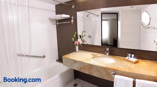 埃斯特拉米拉德欧酒店 - 麦德林 - 浴室
