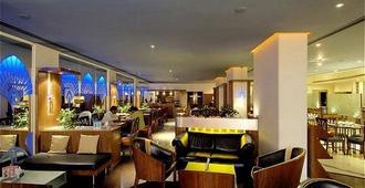 瑞梅哈尔南酒店 - 孟买 - 酒吧