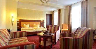 竞技场城市酒店 - 莱比锡 - 睡房