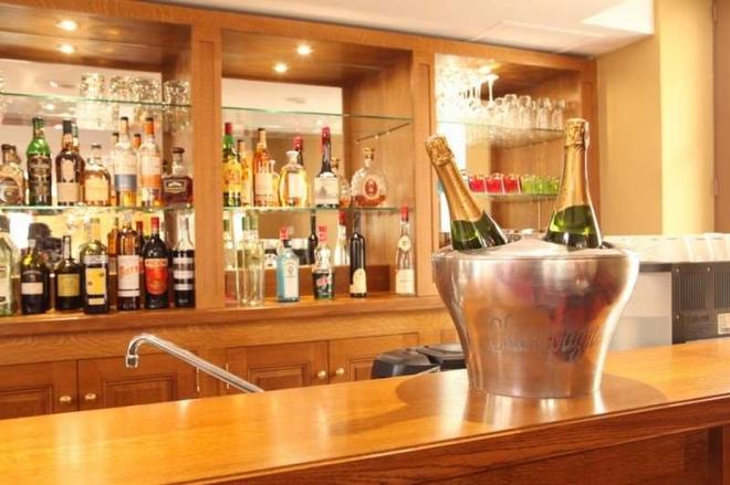 克洛阿布艾斯酒店 - 阿姆博斯 - 酒吧