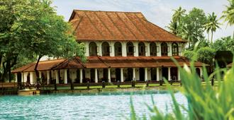 克拉拉塔吉库玛拉孔度假村及水疗中心 - 库姆阿拉康 - 建筑