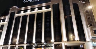 西尔肯体育场酒店 - 桑坦德 - 建筑