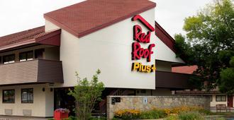 南匹兹堡机场红屋顶普拉斯酒店 - 匹兹堡