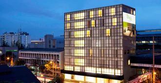 曼谷玛卡萨富驿时尚酒店 - 曼谷 - 建筑