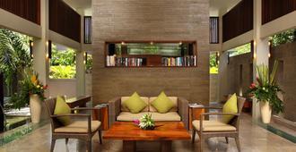 花园别墅精品酒店 - 库塔 - 大厅
