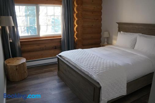 迈凯轮住宿加早餐旅舍 - 戈尔登 - 睡房