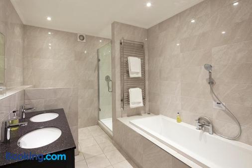 艾尔夫德雷酒店 - 普里茅斯 - 浴室