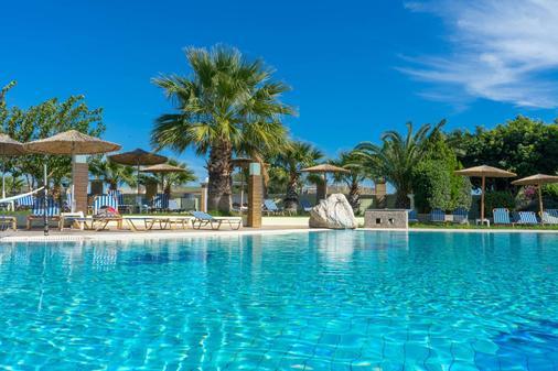 斯塔莫斯酒店 - Afantou - 游泳池