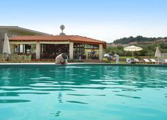 阿尔基奥酒店 - 克里皮吉 - 游泳池