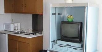 宾斯汽车宾馆 - 怀尔德伍德 - 厨房