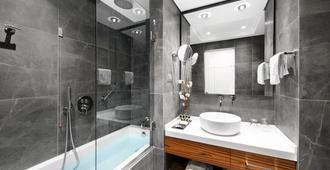 地中海宫酒店 - 塞萨洛尼基 - 浴室