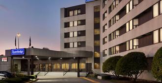 东多伦多旅游宾馆 - 多伦多 - 建筑