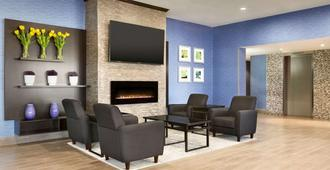 东多伦多旅游宾馆 - 多伦多 - 休息厅