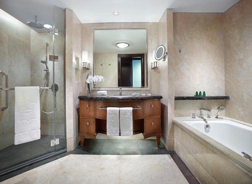 雅加达香格里拉酒店 - 雅加达 - 浴室