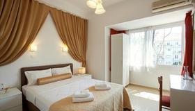雅典大都市酒店 - 雅典 - 睡房