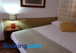 巴塞罗那lk旅馆 - 巴塞罗那 - 睡房