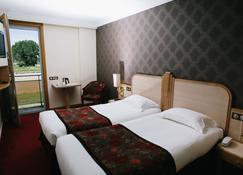 雷莱杜罗伊酒店 - 圣米歇尔山 - 睡房