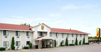 奥克莱尔WI速8酒店 - 欧克莱尔