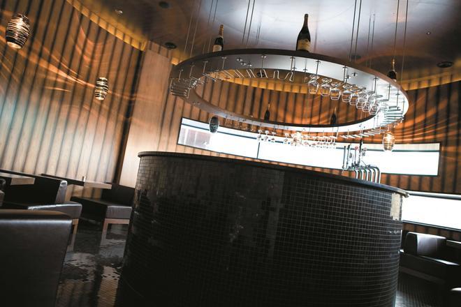 都柏林丽笙蓝光皇家酒店 - 都柏林 - 酒吧