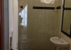 马队山宾馆 - 白河 - 浴室