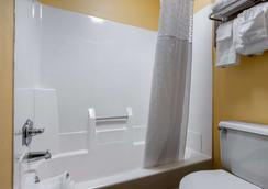 伊康旅馆 - 列克星敦 - 浴室