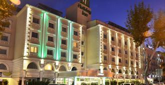 伊斯坦布尔假日酒店 - 伊斯坦布尔 - 建筑