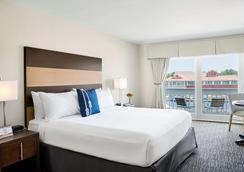 谢姆河酒店 - 芒特普莱森特(南卡罗来纳州) - 睡房