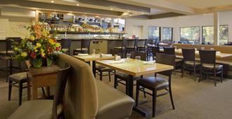波特兰机场雷迪森酒店 - 波特兰 - 餐馆