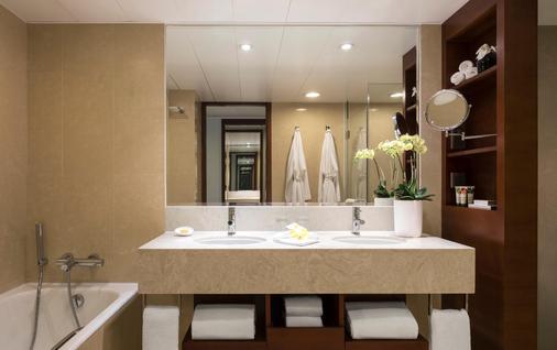 皇家太平洋酒店 - 香港 - 浴室