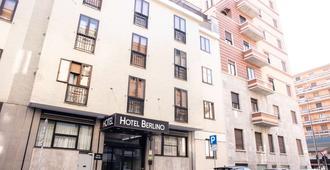 柏林酒店 - 米兰 - 建筑