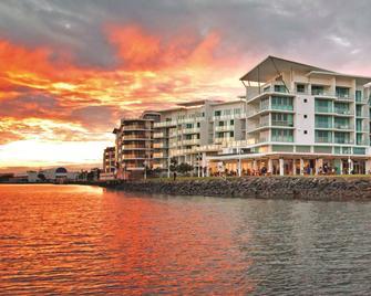 河滨华美达酒店 - 波丽娜 - 建筑