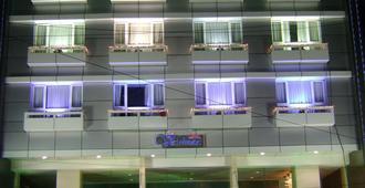 瓦什納奧伊飯店 - 海得拉巴 - 建筑
