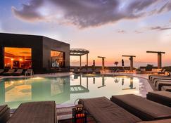 塞萨洛尼基皇家酒店 - 塞萨洛尼基 - 游泳池