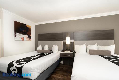 方丹旅馆 - 圣何塞 - 睡房