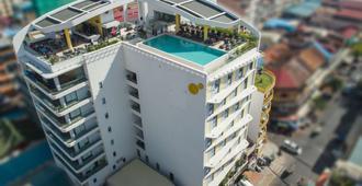 太阳与月亮都市酒店 - 金边 - 建筑