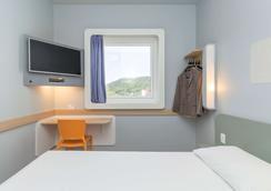布卢梅瑙宜必思快捷酒店(2017 年 3 月开业) - 布卢梅瑙 - 睡房
