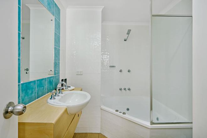 曼塔波特西酒店 - 道格拉斯港 - 浴室