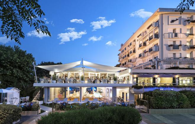 大西洋酒店 - 里乔内 - 建筑