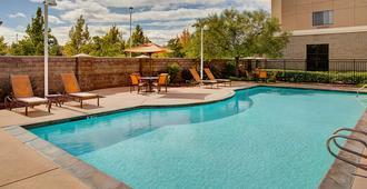 萨克拉门托市中心万怡酒店 - 萨克拉门托 - 游泳池