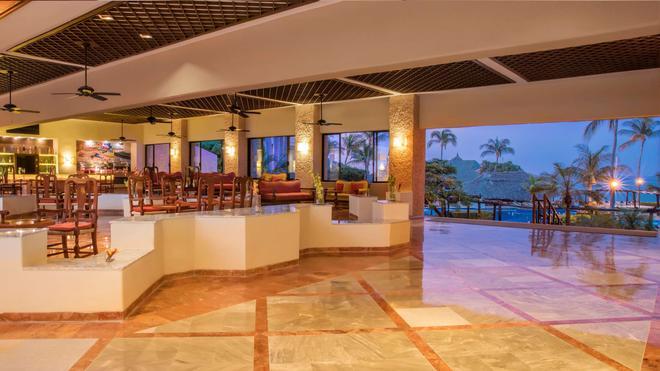 巴塞罗式酒店-瓦图尔科 - 圣玛利亚华都尔科 - 酒吧